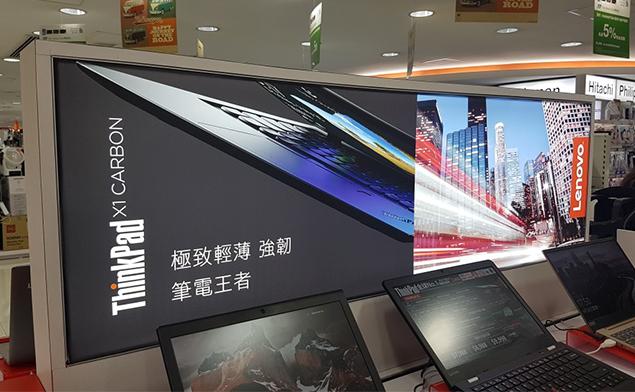 香港某商场室内双面卡布灯箱解决方案